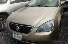 Nissan Altima 2005 Gold for sale