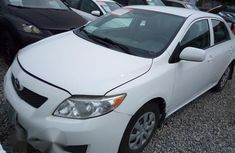 Affordable Toyota Corolla 2010 White