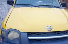 Clean Nissan Xterra 2003 Yellow for sale