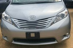 Toyota Sienna 2013 Silver for sale