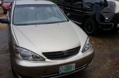 Neatly Used Toyota Camry 2004 Gold for sale