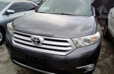 Toyota Highlander 2012 Gray For Sale