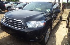 Clean 2010 Toyota Highlander Full Option For Sale