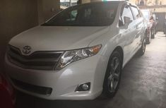 Toyota Venza 2013 White for sale