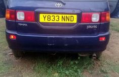 Toyota Picnic 2000 Blue for sale