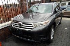 Mint Tokunbo Toyota Highlander 2012 Gray