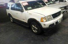 Super Clean Ford Explorer 2002 White
