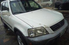 Clean Honda CR-V 2002 White for sale