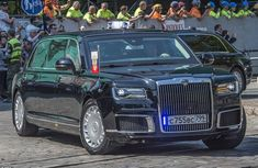 Putin's Limo can transform into a bomb-proof submarine