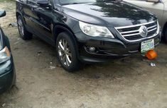 Neatly Used Volkswagen Tiguan 2010 Black for sale