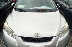 Clean Toyota Matrix 2009 Silver for sale