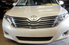 Foreign Use Toyota Venza 2009 White