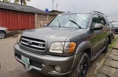 Clean Used Toyota Sequoia 2004 Gray for sale