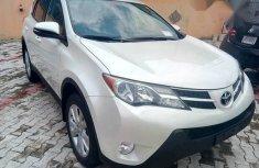 Toyota Rav4 2015 White for sale