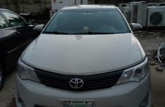 Toyota Camry LE 2012 White for sale