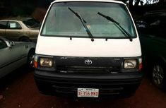 Very Clean Toyota Hiace 2000 White