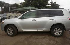 Toyota Highlander 2010 Silver for sale