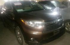 Toyota Highlander 2015 Brown For Sale