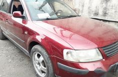 Cheap Super Clean Volkswagen Passat 2000 Red