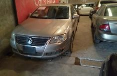 Volkswagen Passat 2006 Gold for sale
