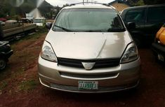 Wonderful Toyota Sienna 2008 Gold for sale