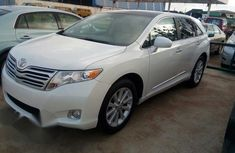 Tokunbo Toyota Venza 2010 White for sale