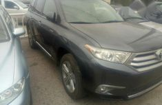 Toyota Highlander 2013 Gray for sale