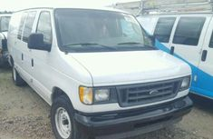 Ford Econoline 2003 for sale