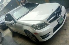 Mercedes Benz C350 2011 White for sale