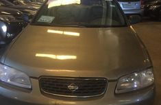 Nissan Sentra 2001 Silver for sale
