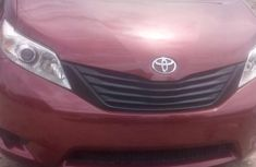 2010 Toyota Sienna Automatic Petrol well maintained for sale