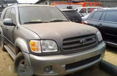 Tokunbo Toyota Sequoia 2004 Gray for sale
