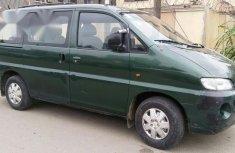 Clean Hyundai H1 1999 Green for sale