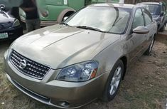 Clean Nissan Altima 2008 for sale