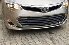 Toyota Avalon XLE 2013 Gold for sale