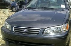 Clean Toyota Camry 1998 for sale