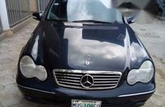 Clean Mercedes Benz C240 2003 Black