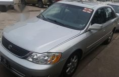 Tokunbo Toyota Avalon 2004 Silver for sale