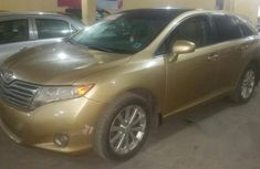 Toyota Venza 2009 Gold for sale