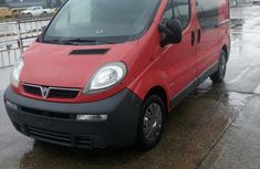 Clean Renault Traffic 2007 Red for sale
