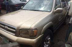 Neatly Used Nissan Pathfinder 2000 Gold