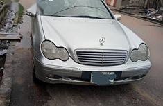 Mercedes-benz C200 2001 Silver for sale
