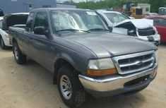 Ford Ranger truck 2000 model for sale