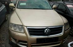Clean Volkswagen Touareg 2005 for sale