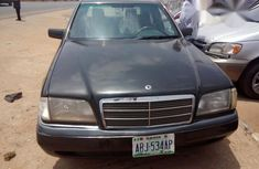 Mercedes-benz C200 2002 Gray for sale