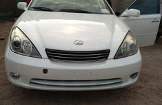 Clean Lexus ES 330 2005 White for sale