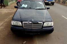 2000 Mercedes-Benz C180 Manual Petrol well maintained for sale