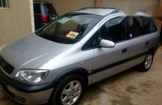 Clean Opel Zafira 2002 Silver for sale