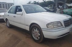 Used Mercedes-Benz C220 2004 White for sale