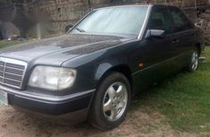 Clean Mercedes Benz 230E 1999 Black for sale